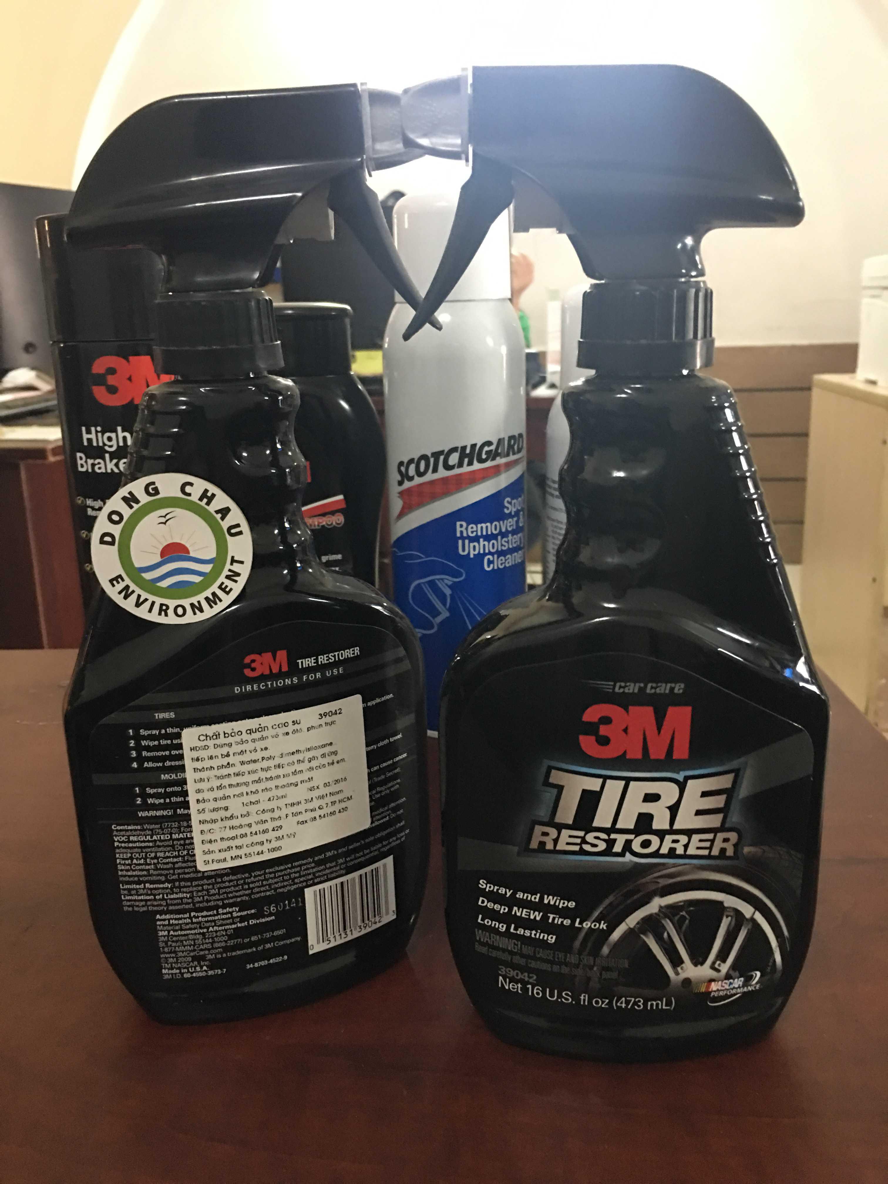 Chai xịt bảo dưỡng lốp xe ô-tô 3M 39042 473ML - 3M™ TIRE RESTORER