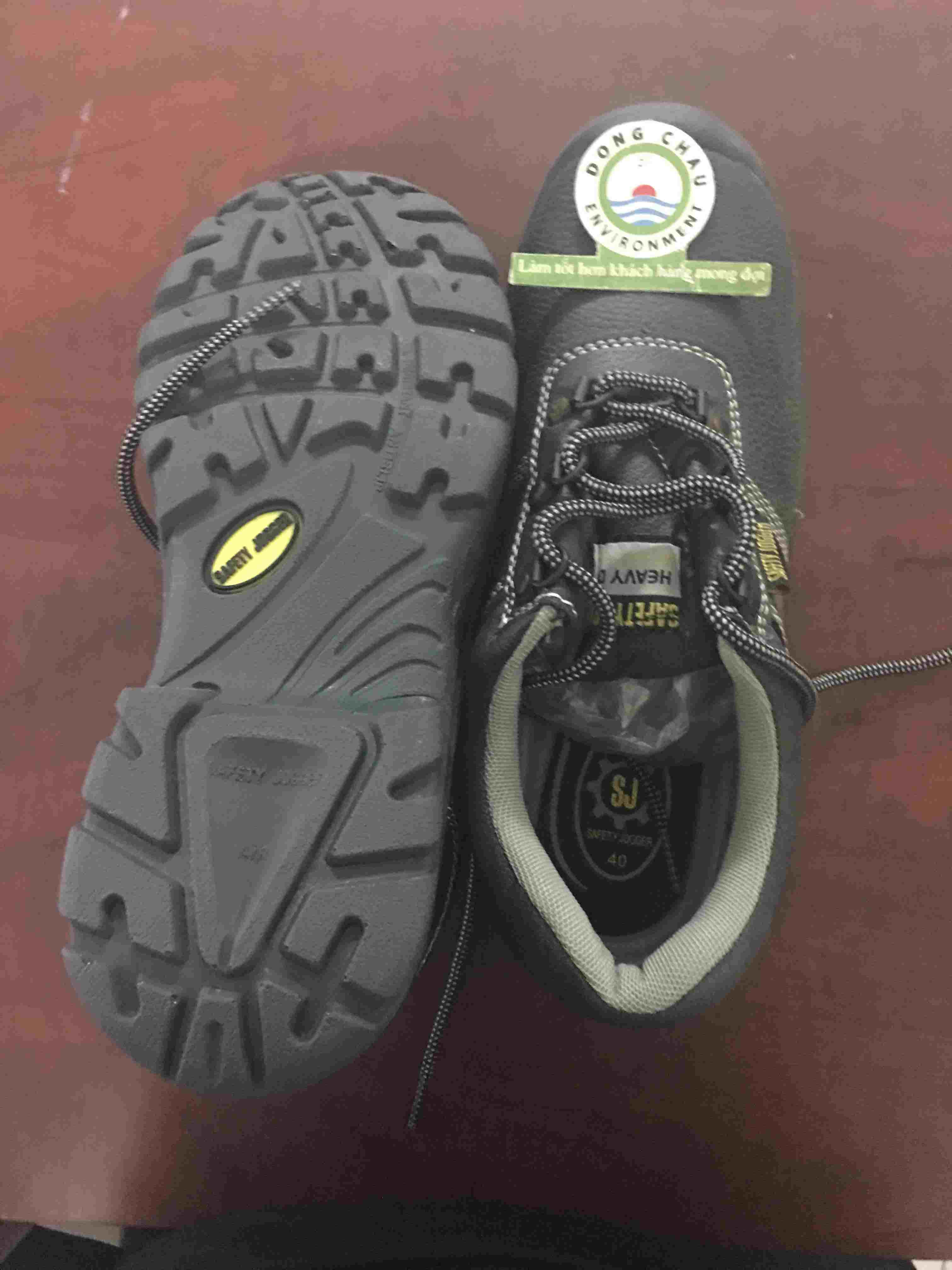 Giày bảo vệ chân Jogger