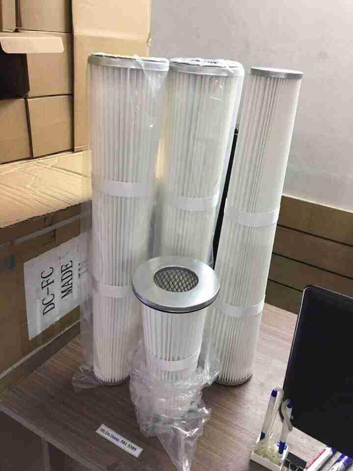 Lõi lọc bụi khí giấy nhựa Polyester hỗ trợ mạng lưới mạ kẽm bên trong và bên ngoài; Kim loại chống ăn mòn.